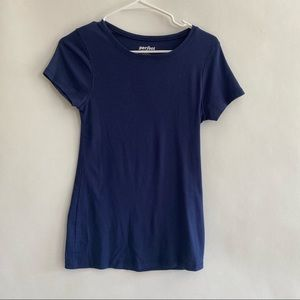 Women's Blue shirt sleeve fitted tee size small